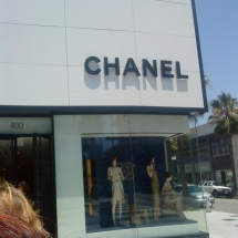 Chanel-Shop-in-Rodeo-Drive-(10)