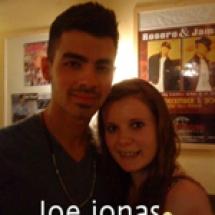 Joe-Jonas-(14)-sml